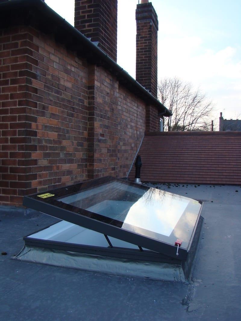 3.2 Jak zapobiec przeciekaniu okien na płaskim dachu?