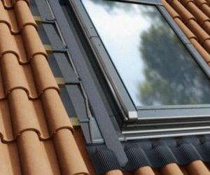 Kolnierz-H12-okno-w-dachu-do-katalogu_flat-300x250 H12 - do pokryć profilowanych wysokich